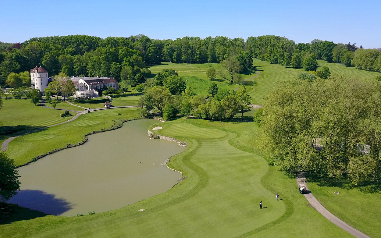 Paris International Golf Club The Course Hole n°9